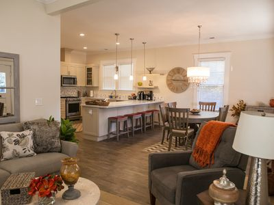 Photo for Ideal Two Couple Wine Country Retreat!