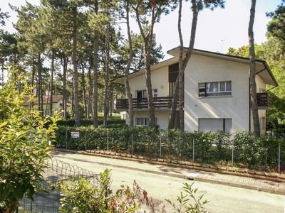 Photo for Apartment Villa Liana (LIG725) in Lignano Pineta - 6 persons, 2 bedrooms