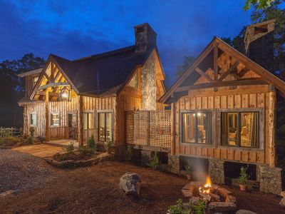 Photo for Luxury King Suites~1200 ft. Toccoa River Access~Grand Piano~Fire Pit~Treehouse