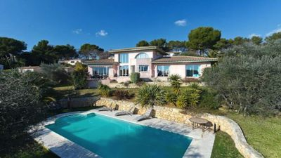 Photo for Luxury villa with swimming pool on classified olive grove in Valbonne and sea view
