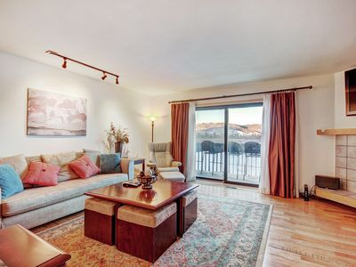 Photo for 732B Beautiful townhouse with gorgeous views.  King bed, private deck, hot tubs