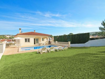 Photo for Mar: House with private pool and large garden in L´Escala
