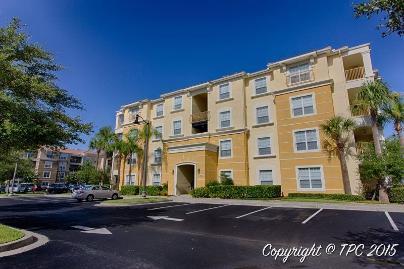 Hemisphere condo at vista cay sand lake florida for Sand lake private residences for rent