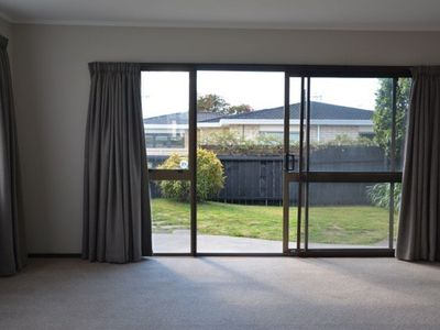 Photo for Mt Maunganui Central Location 2 Bedroom Unit - Walk to Shops, Beach, Cafes
