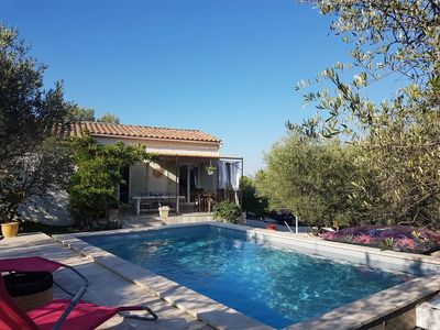 Photo for PROMOTION Beautiful air-conditioned villa Swimming pool triangle Arles Nimes Avignon