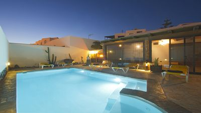 Photo for VILLA PRINCESA with pool, free WIFI, BBQ in the best area of Lanzarote