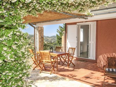 Photo for Elegant small villa with stunning panoramic view in Capoliveri