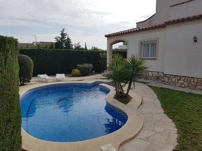 Photo for Villa with private pool for 9 people, wifi, 600m from the beach of Calaforn