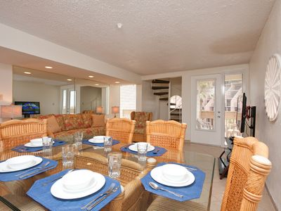 Bahia Mar 985 - Luxurious Resort with Beachfront Sundeck, Swimming Pools, Spas, BBQ Lounge & Tennis Courts