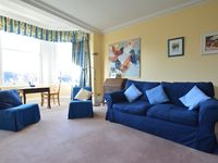 A spacious apartment. Excellent for family stays. Easy to walk to Princes Street and Haymarket.