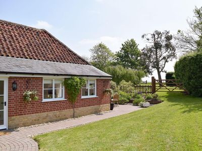 Photo for 1 bedroom property in Stowmarket. Pet friendly.