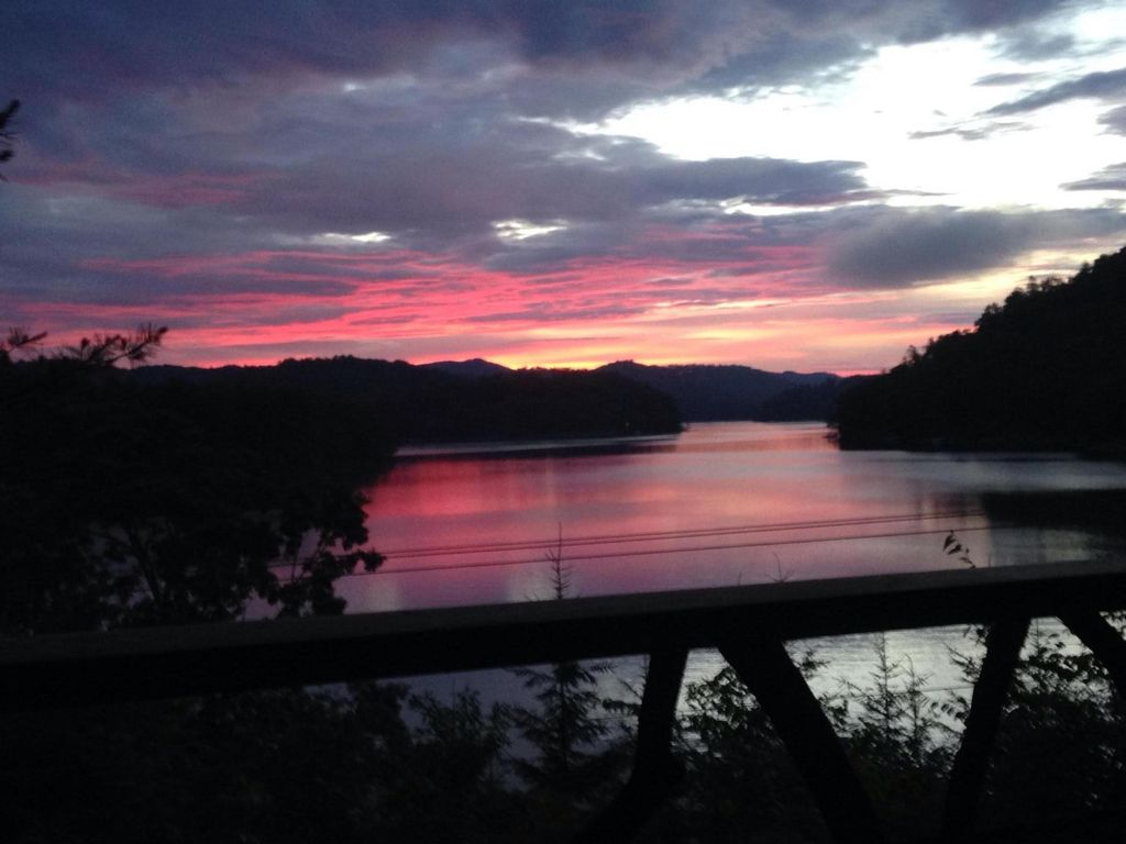 Walnut Cove A Beautiful Place To Just Relax With Family Or Friends 4490274