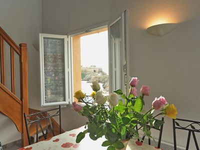 Photo for Comfortable duplex on the peninsula of Giens facing Porquerolles sea view