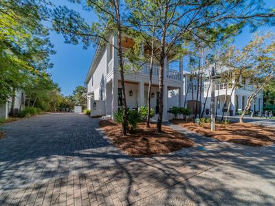 Photo for Paradise 30A ~ A Shore Thing - Inlet Beach, Gated Community, Community Pool, Walk to Rosemary