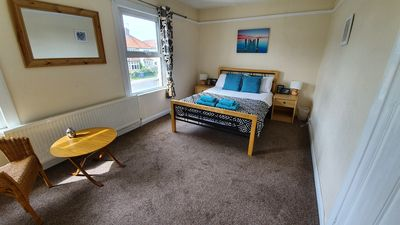 Photo for Large House in Cambridge City - England with parking, Sleeps up to 10 people