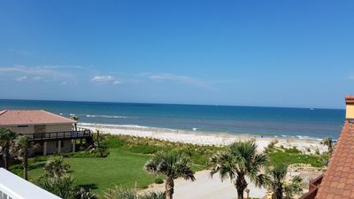 """Photo for """"Just Beachy"""" A luxury retreat w/ hot tub, sleeps 12, perfect for 1-3 Families traveling together"""
