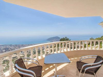 Photo for Luxury penthouse with stunning panoramic sea views