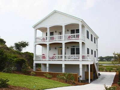 Photo for Opt for a Change of Pace at this Beautiful Rental with Canal Views!
