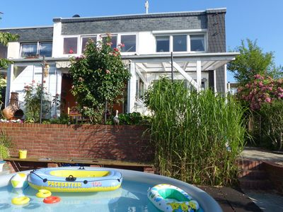 Photo for Cozy Apartment with Private Swimming Pool in Wuppertal