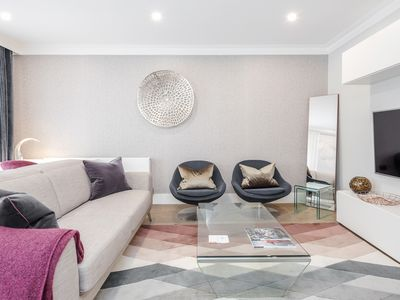 Photo for Mayfair Mews Suite No.1