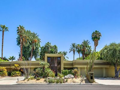 Photo for Your Perfect Desert Oasis.