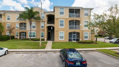Photo for Stay at this newly renovated 3 bedroom condo in Windsor Palms, resort amenities