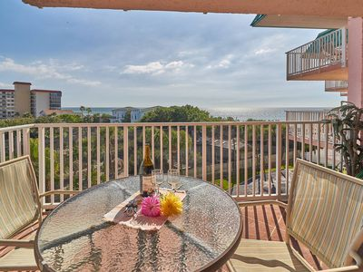 Photo for SUMMER 2019 SPECIALTY PRICING **  FREE WiFi - Great Views & Beach Access - 2018  kitchen remodel.