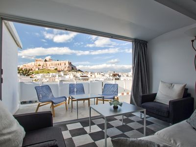 Photo for Luminous Apartment with panoramic Acropolis views