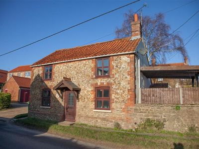 Photo for Curlew Cottage is a newly renovated two bedroom cottage located in Sedgeford