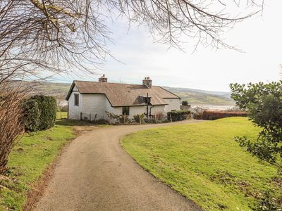 Photo for CYMRYD UCHAF, pet friendly, with open fire in Conwy, Ref 999495