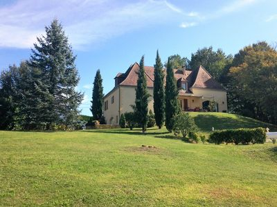 """Photo for Holiday house """"Beynac"""" near Beynac and Domme, private pool, class"""