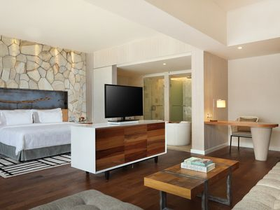 Photo for Spacious Modern Suite with Free Minibar Items (T Sand Suite15)