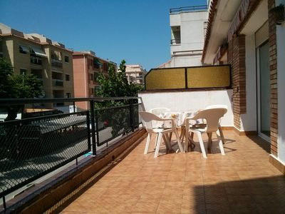 Photo for Ideal apartment families very central, furnished, large terrace, 100 meters play