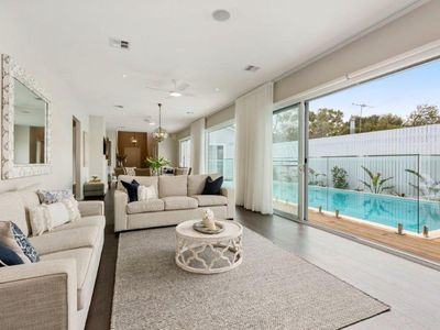 Photo for The Hamptons in Blairgowrie: pool & luxurious