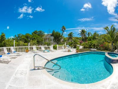 Photo for Spacious Oceanview 2BR in Turtle Cove
