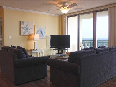 Photo for Beautifully Furnished, Stunning Ocean View at Brighton!