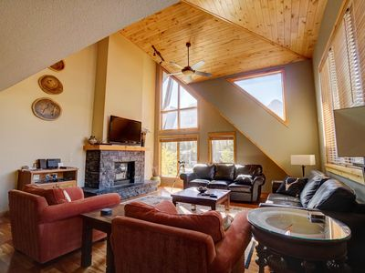 "Photo for Spacious Penthouse Suite at ""Rundle Cliffs Lodge"""