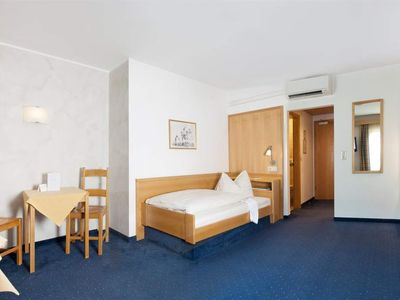 Photo for Single room with shower, WC - Hotel Weisses Rössl