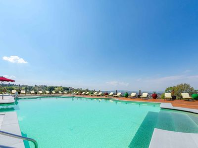 Photo for Florence Apartment | Swimming pool, Health Center, Technogym