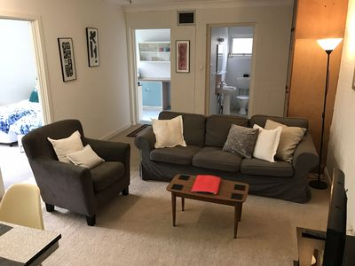 Photo for Quiet and Leafy Guest Apartment close to City and Hills