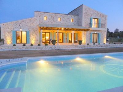Photo for 6 bedroom Villa, sleeps 14 with Pool, Air Con and FREE WiFi