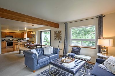 With beds for 2, this cozy home is perfect for large families.