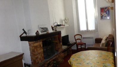 Photo for Rental apartment village center Entrecasteaux .var