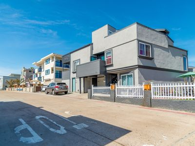 Mission Beach 2 BR Unit Next to Oceanfront & Bayside