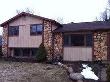Photo for 3 bedroom tri level home with a screened in porch out back!