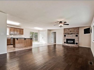 Photo for New listing! —6 miles to the U of A and 1/2 mile from Interstate 49