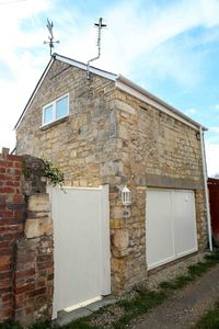 Photo for Detached Cotswold Stone Coach House