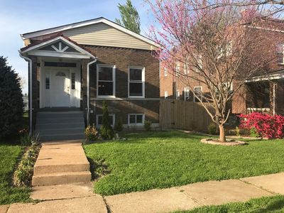 Photo for 3BR/2BA Entire Home Located in Safe STL City Neighborhood Near All Attractions