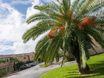 Photo for Cute 2 Bedroom, Close To The Famous Seven Mile Beach!