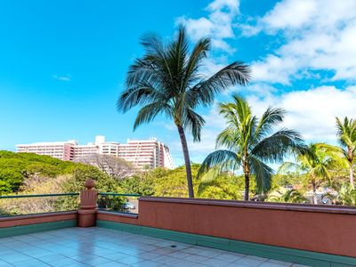 Photo for K B M Hawaii: Ocean Views, X X L Corner Suite 2 Bedroom, FREE car! Oct & Dec Specials From only $251!